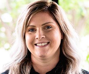 Elizabeth Miller, PT, DPT, CHT